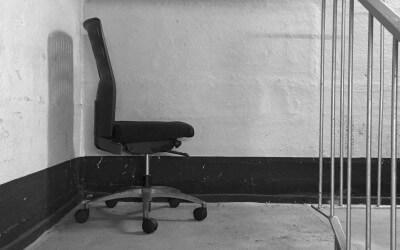 Typen von Mobbern und 13 Tipps bei Mobbing am Arbeitsplatz