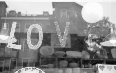 Love Brand: Eigenschaften, Vorteile, Tipps für die Schaffung und Pflege
